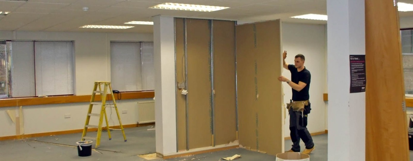 03-Our-team-start-strip-out-work-and-the-existing-partitions-are-dismantled-1389x543
