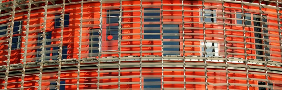 coil-orange-house-with-blinds-istock_000001330815medium-websizemedia
